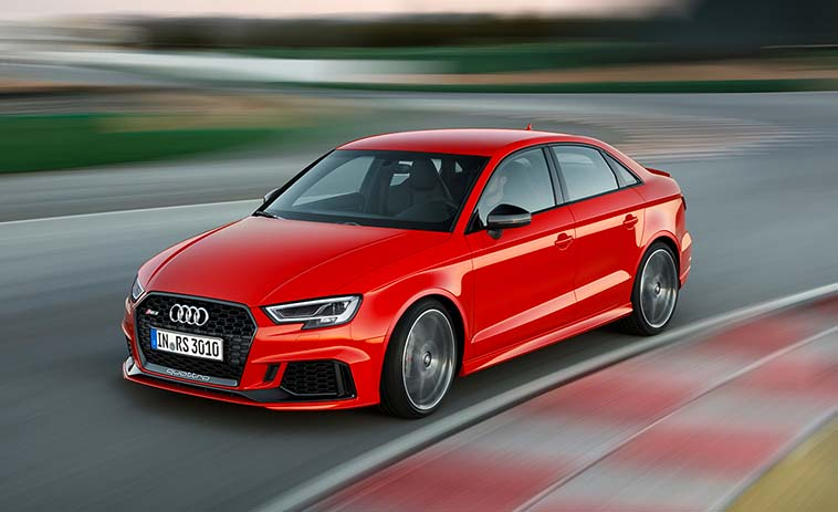 top-10-vehicles-to-make-canadian-premiere-at-the-2017-autoshow-Audi-RS3
